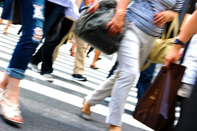 遠距離利用者が多い地域や場所、時間を知る